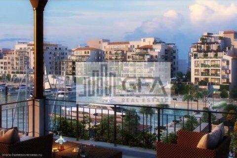 Apartment in Jumeirah, Dubai, UAE 2 bedrooms, 100 sq.m. № 1758 - photo 14