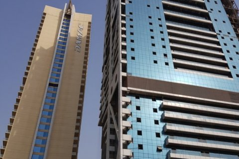 Apartment in Jumeirah Lake Towers, Dubai, UAE 45 sq.m. № 1372 - photo 5