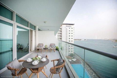 Apartment in Dubai, UAE 1 bedroom, 105 sq.m. № 1771 - photo 10