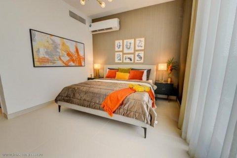 Apartment in Dubai, UAE 1 bedroom, 70 sq.m. № 1763 - photo 4