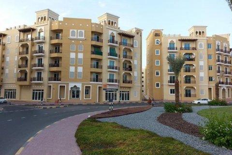 Apartment in International City, Dubai, UAE 45 sq.m. № 1785 - photo 1