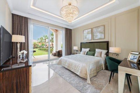 Villa in Palm Jumeirah, Dubai, UAE 7 bedrooms, 1059 sq.m. № 1367 - photo 8