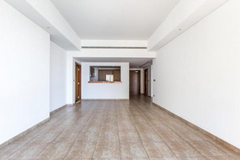 Apartment in Palm Jumeirah, Dubai, UAE 2 bedrooms, 168 sq.m. № 1708 - photo 2