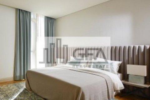 Apartment in Dubai, UAE 1 bedroom, 100 sq.m. № 1753 - photo 6