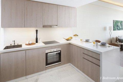 Apartment in Palm Jumeirah, Dubai, UAE 55 sq.m. № 1468 - photo 6