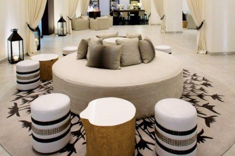 Apartment in Downtown Dubai (Downtown Burj Dubai), Dubai, UAE 2 bedrooms, 140 sq.m. № 1639 - photo 2