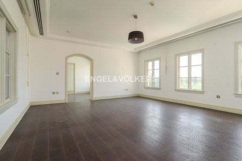 Villa in Jumeirah Golf Estates, Dubai, UAE 5 bedrooms, 1240 sq.m. № 1724 - photo 7