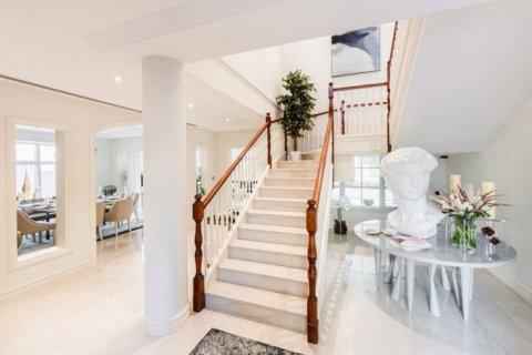 Villa in Jumeirah Golf Estates, Dubai, UAE 6 bedrooms, 1106 sq.m. № 1398 - photo 7