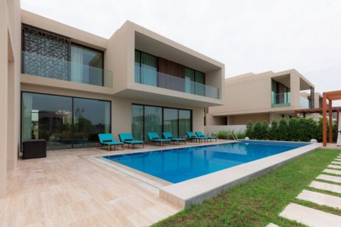 Villa in Dubai Hills Estate, Dubai, UAE 6 bedrooms, 800 sq.m. № 1358 - photo 1