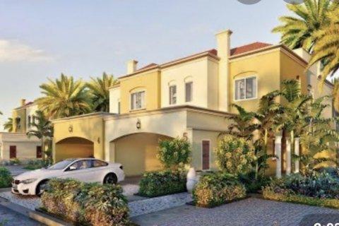 Villa in Dubai, UAE 3 bedrooms, 202 sq.m. № 1610 - photo 3