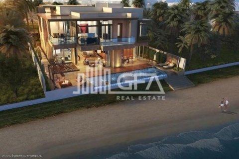 Villa in Palm Jumeirah, Dubai, UAE 5 bedrooms, 587 sq.m. № 1759 - photo 1