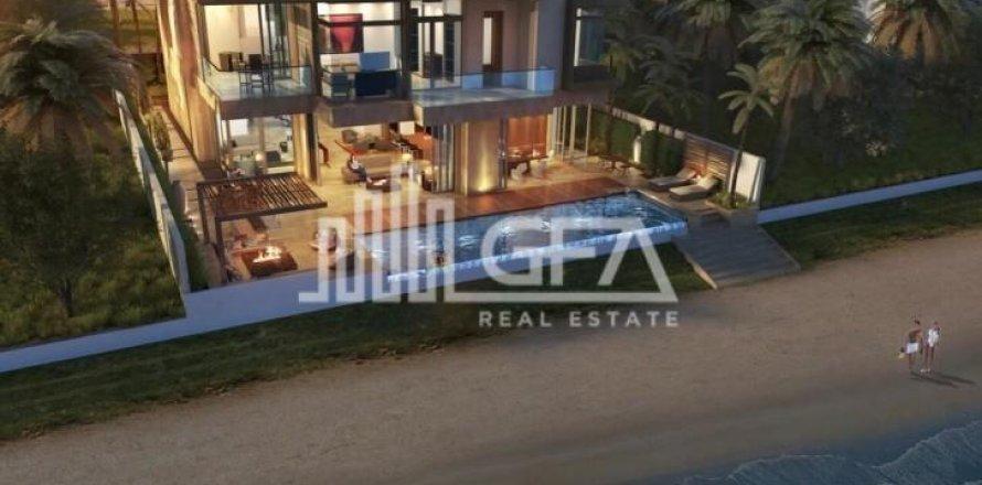 Villa in Palm Jumeirah, Dubai, UAE 5 bedrooms, 587 sq.m. № 1759