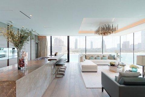 Penthouse in Palm Jumeirah, Dubai, UAE 4 bedrooms, 448 sq.m. № 1366 - photo 3