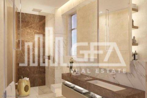 Villa in Palm Jumeirah, Dubai, UAE 5 bedrooms, 587 sq.m. № 1759 - photo 3