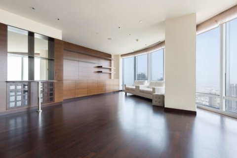 Apartment in Burj Khalifa, Dubai, UAE 2 bedrooms, 82 sq.m. № 1478 - photo 2