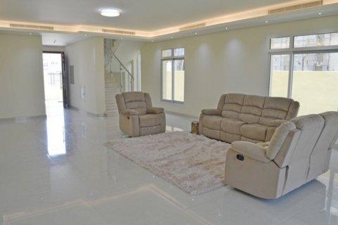 Villa in Jumeirah Village Triangle, Dubai, UAE 5 bedrooms, 476 sq.m. № 1674 - photo 5