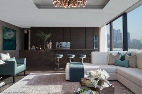 Apartment in Palm Jumeirah, Dubai, UAE 3 bedrooms, 250 sq.m. № 1744 - photo 11