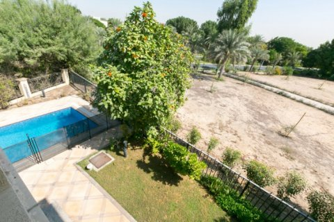 Villa in Jumeirah Islands, Dubai, UAE 4 bedrooms, 450 sq.m. № 1783 - photo 10