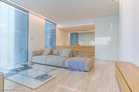 Apartment in Palm Jumeirah, Dubai, UAE 3 bedrooms, 220 sq.m. № 1722 - photo 4