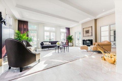 Villa in Jumeirah Golf Estates, Dubai, UAE 6 bedrooms, 1106 sq.m. № 1398 - photo 8