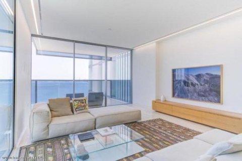 Apartment in Palm Jumeirah, Dubai, UAE 3 bedrooms, 220 sq.m. № 1721 - photo 3