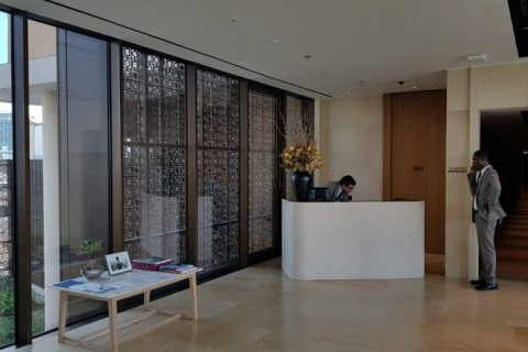 Apartment in Jumeirah, Dubai, UAE 1 bedroom, 146 sq.m. № 1543 - photo 2