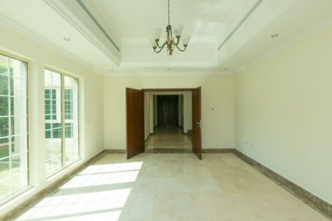 Villa in Jumeirah Islands, Dubai, UAE 4 bedrooms, 450 sq.m. № 1783 - photo 5