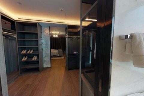 Penthouse in Palm Jumeirah, Dubai, UAE 4 bedrooms, 448 sq.m. № 1366 - photo 11