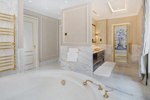 Villa in Palm Jumeirah, Dubai, UAE 7 bedrooms, 1059 sq.m. № 1367 - photo 14