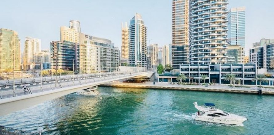 Apartment in Dubai Marina, Dubai, UAE 1 bedroom, 90 sq.m. № 1774