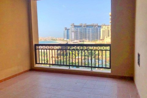 Apartment in Palm Jumeirah, Dubai, UAE 2 bedrooms, 185.3 sq.m. № 2224 - photo 9