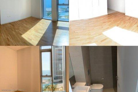 Apartment in Dubai, UAE 1 bedroom, 90 sq.m. № 1743 - photo 11