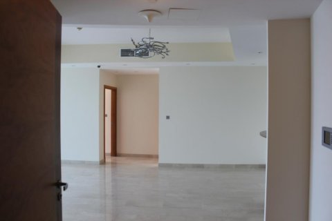 Apartment in Dubai Marina, Dubai, UAE 2 bedrooms, 140 sq.m. № 2126 - photo 5