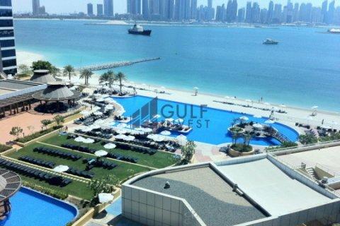 Apartment in Palm Jumeirah, Dubai, UAE 1 bedroom, 124.3 sq.m. № 1964 - photo 9