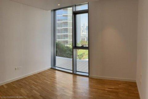 Apartment in Dubai, UAE 1 bedroom, 90 sq.m. № 1743 - photo 7