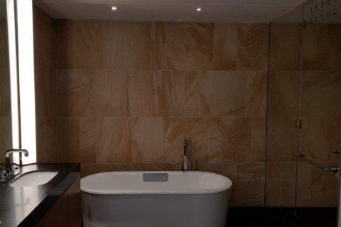 Apartment in Jumeirah, Dubai, UAE 2 bedrooms, 180 sq.m. № 1485 - photo 8