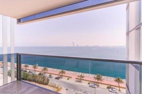 Apartment in Palm Jumeirah, Dubai, UAE 2 bedrooms, 160 sq.m. № 1723 - photo 1
