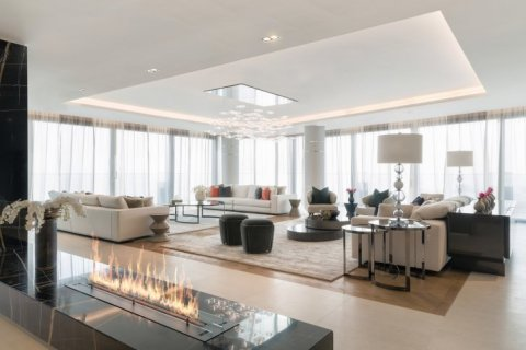 Apartment in Palm Jumeirah, Dubai, UAE 3 bedrooms, 685 sq.m. № 1510 - photo 11