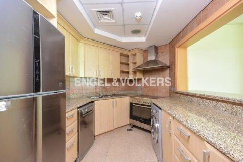 Apartment in Dubai, UAE 1 bedroom, 106 sq.m. № 1769 - photo 8