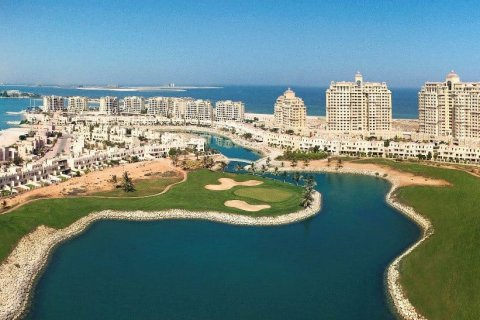 Freehold areas in Ras Al Khaimah: buying property in Al Hamra Village and Mina Al Arab