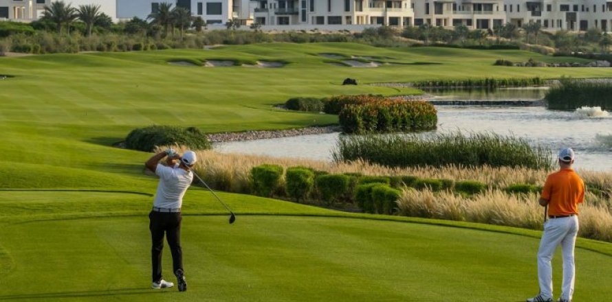Villa in Dubai Hills Estate, Dubai, UAE 3 bedrooms, 272 sq.m. № 1558
