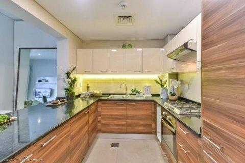 Apartment in Dubai Marina, Dubai, UAE 1 bedroom, 90 sq.m. № 1774 - photo 11