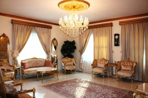 Villa in Falcon City of Wonders, Dubai, UAE 5 bedrooms, 650 sq.m. № 1666 - photo 5