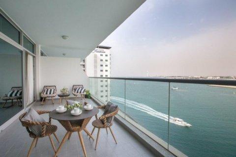 Apartment in Palm Jumeirah, Dubai, UAE 1 bedroom, 105 sq.m. № 1770 - photo 1