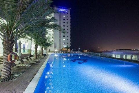 Apartment in Dubai, UAE 1 bedroom, 105 sq.m. № 1771 - photo 13