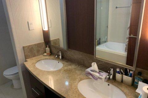 Apartment in Burj Khalifa, Dubai, UAE 2 bedrooms, 110 sq.m. № 1779 - photo 10
