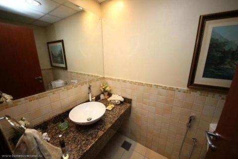Apartment in Jumeirah Beach Residence, Dubai, UAE 2 bedrooms, 132 sq.m. № 1772 - photo 7