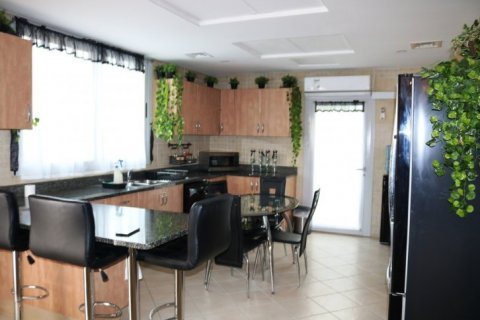 Villa in Falcon City of Wonders, Dubai, UAE 5 bedrooms, 650 sq.m. № 1666 - photo 14