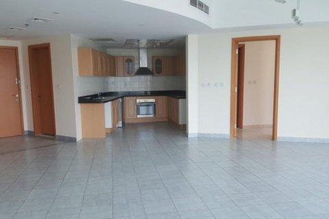 Apartment in Dubai Marina, Dubai, UAE 3 bedrooms, 180 sq.m. № 1677 - photo 10