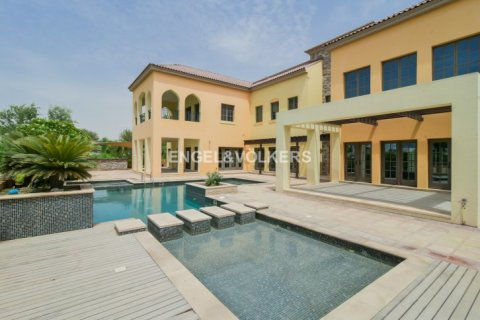 Villa in Jumeirah Golf Estates, Dubai, UAE 5 bedrooms, 1240 sq.m. № 1724 - photo 3